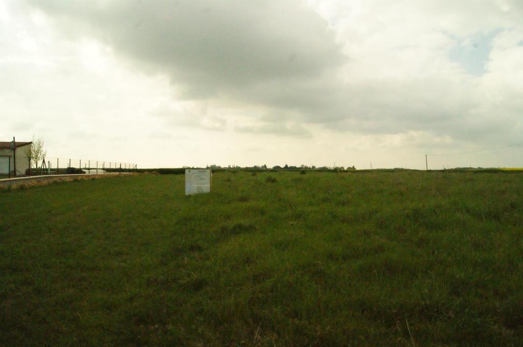 Terrains du constructeur A LA PETITE COMMISSION • 1120 m² • CHUISNES
