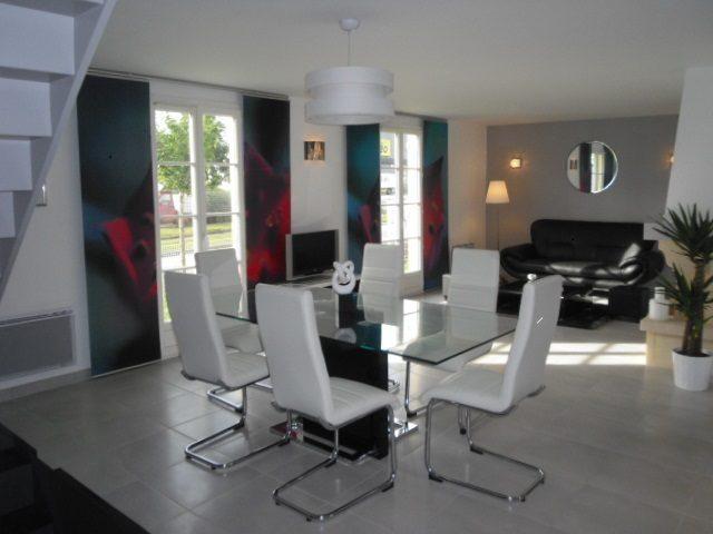 Maisons + Terrains du constructeur Maisons Phenix • 107 m² • BOURG ACHARD