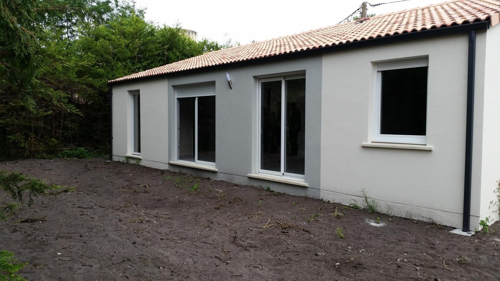 Maisons + Terrains du constructeur Maisons PHENIX Rochefort • 108 m² • TONNAY CHARENTE