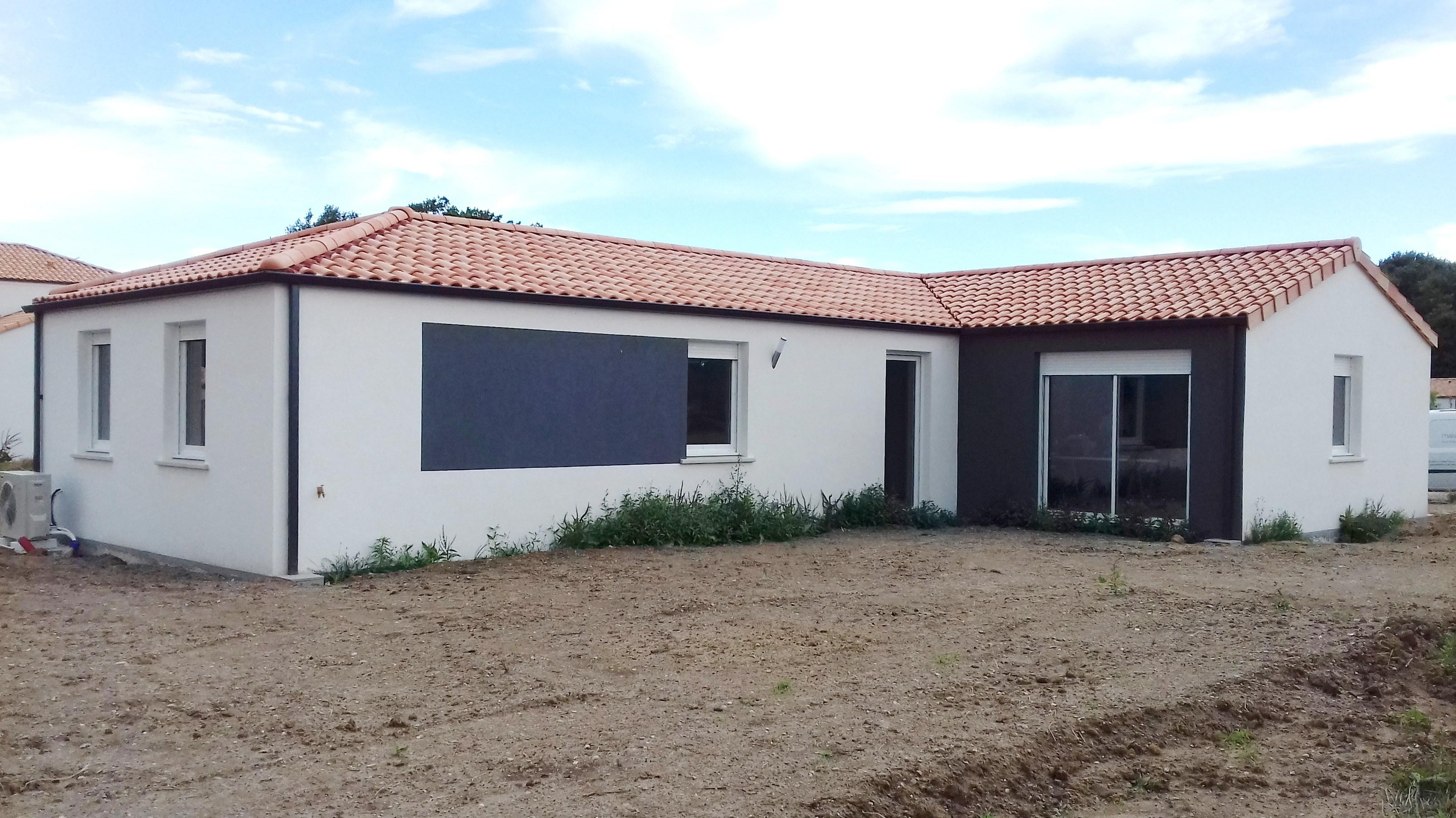 Maisons + Terrains du constructeur Maisons PHENIX Rochefort • 112 m² • SAINT JUST LUZAC