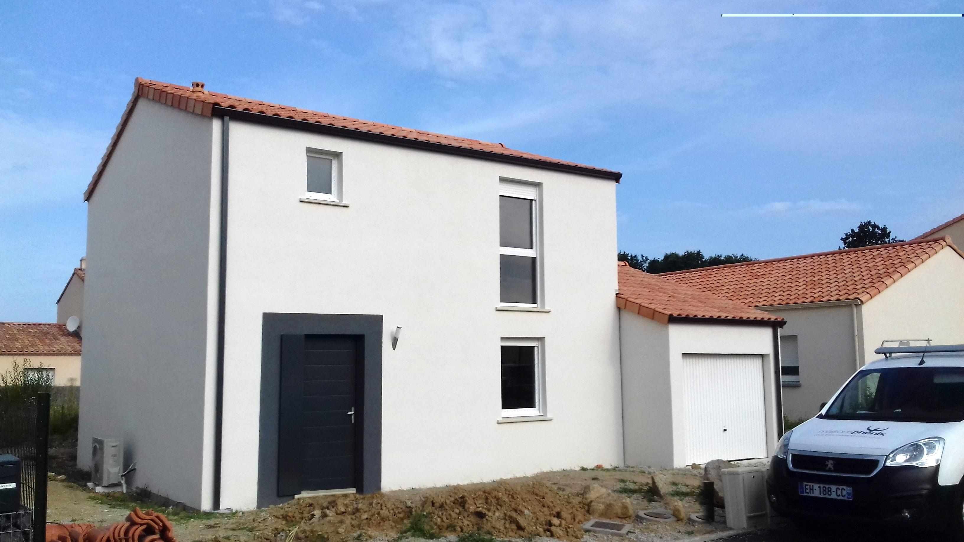 Maisons + Terrains du constructeur Maisons PHENIX Rochefort • 132 m² • SURGERES