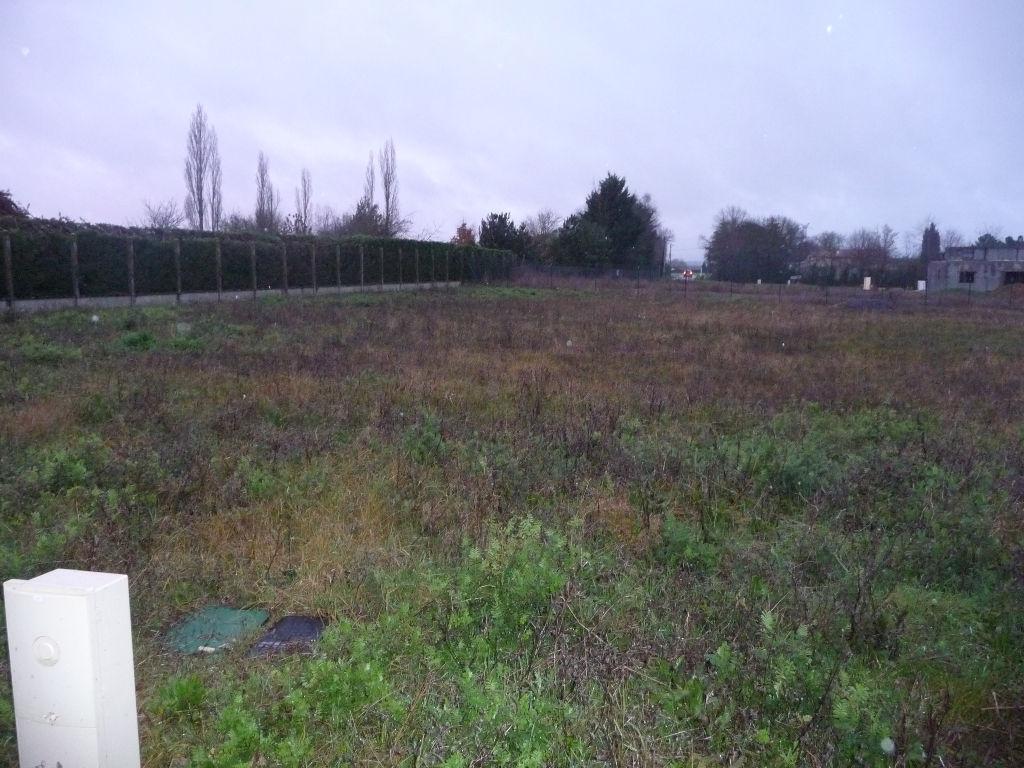 Terrains du constructeur LE TUC IMMOBILIER • 1024 m² • POITIERS