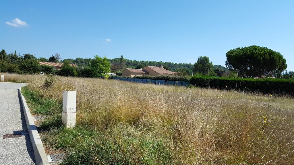 Terrains du constructeur L EXCLUSIVE IMMO • 710 m² • REGUSSE