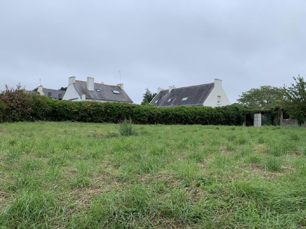 Terrains du constructeur Mes Stéphane LE PAPE et Mathieu LACOURT • 673 m² • PONT L'ABBE