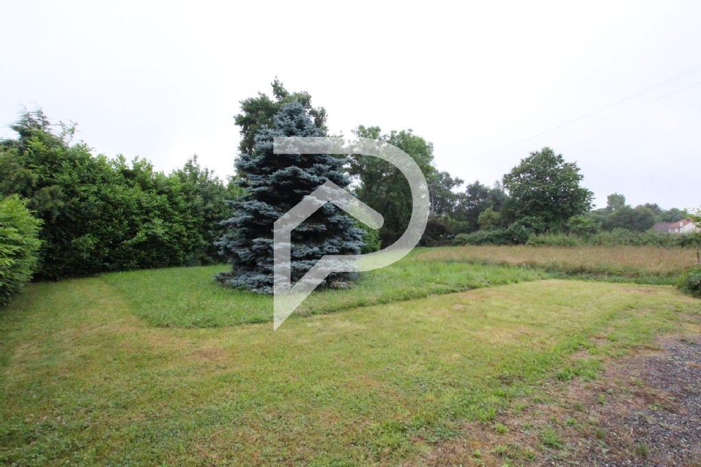Terrains du constructeur STEPHANE PLAZA IMMOBILIER PAU • 1447 m² • OUSSE