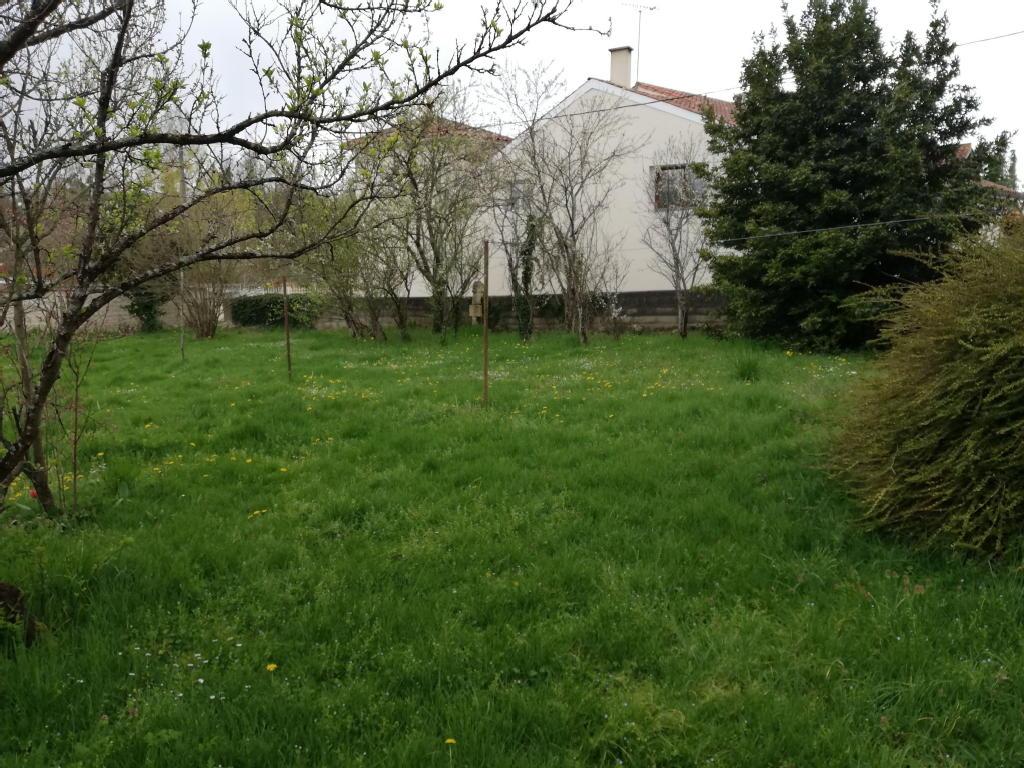 Terrains du constructeur IMOCONSEIL FRANCE SAS • 1005 m² • MIGNE AUXANCES