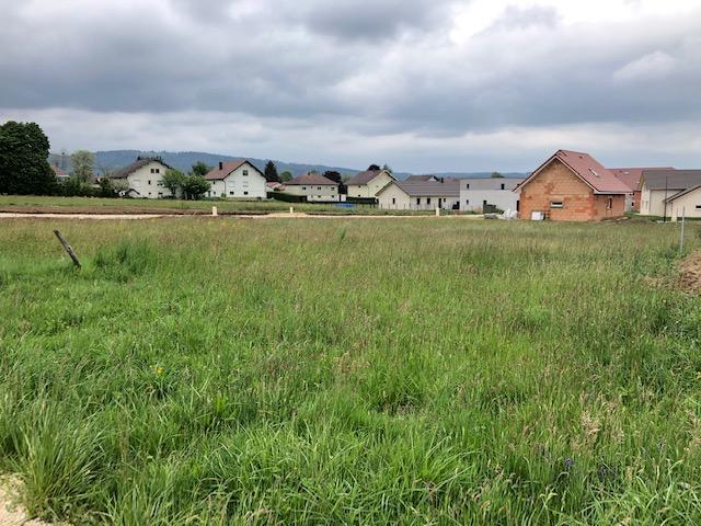 Terrains du constructeur LA PIERRE TRANSACTION • 858 m² • LEVIER