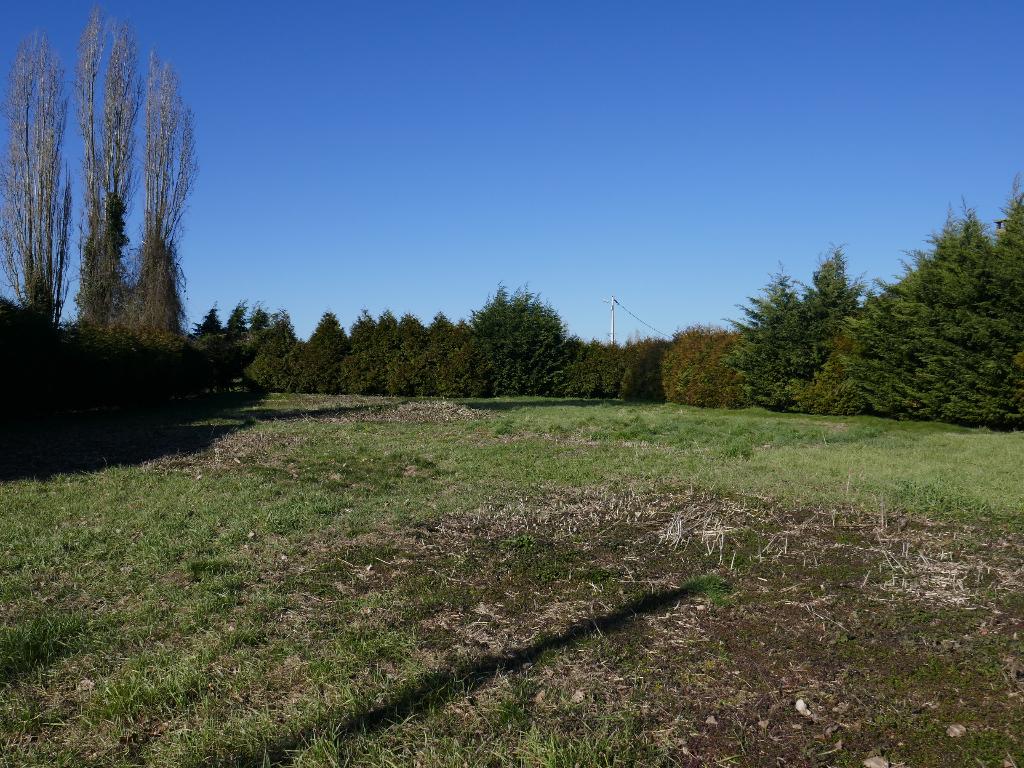 Terrains du constructeur ORPI AGENCE CARON • 1019 m² • ETREPAGNY
