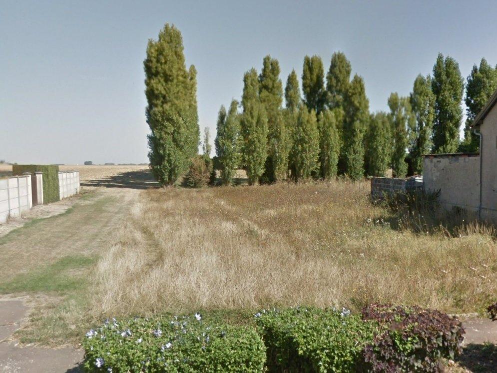 Terrains du constructeur J2T IMMOBILIER • 618 m² • AUNEAU