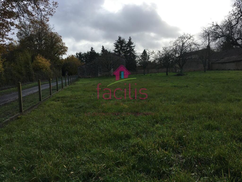 Terrains du constructeur FACILIS IMMOBILIER • 940 m² • MIGNALOUX BEAUVOIR