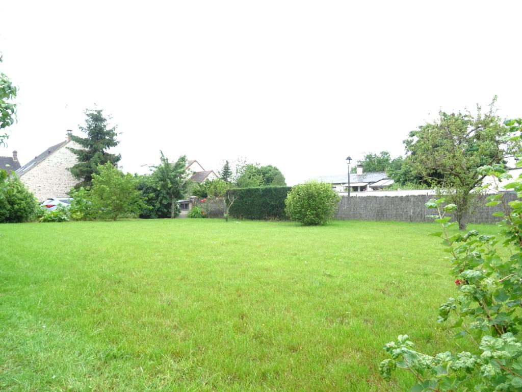 Terrains du constructeur ABS IMMO • 422 m² • AUNEAU