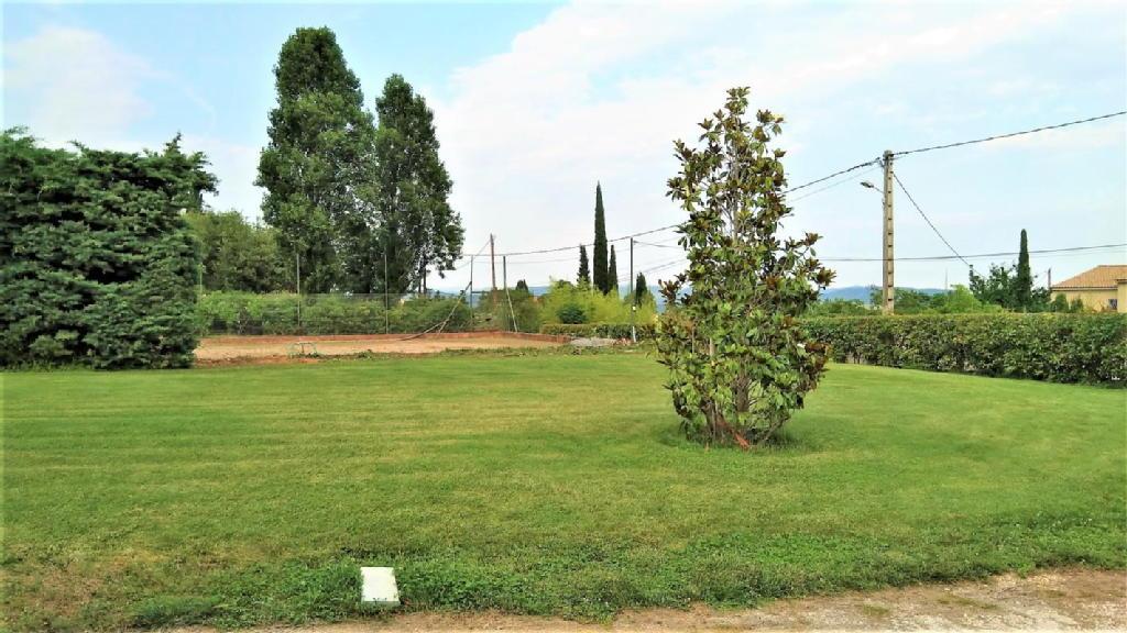 Terrains du constructeur BLUE SQUARE • 568 m² • LA FARLEDE