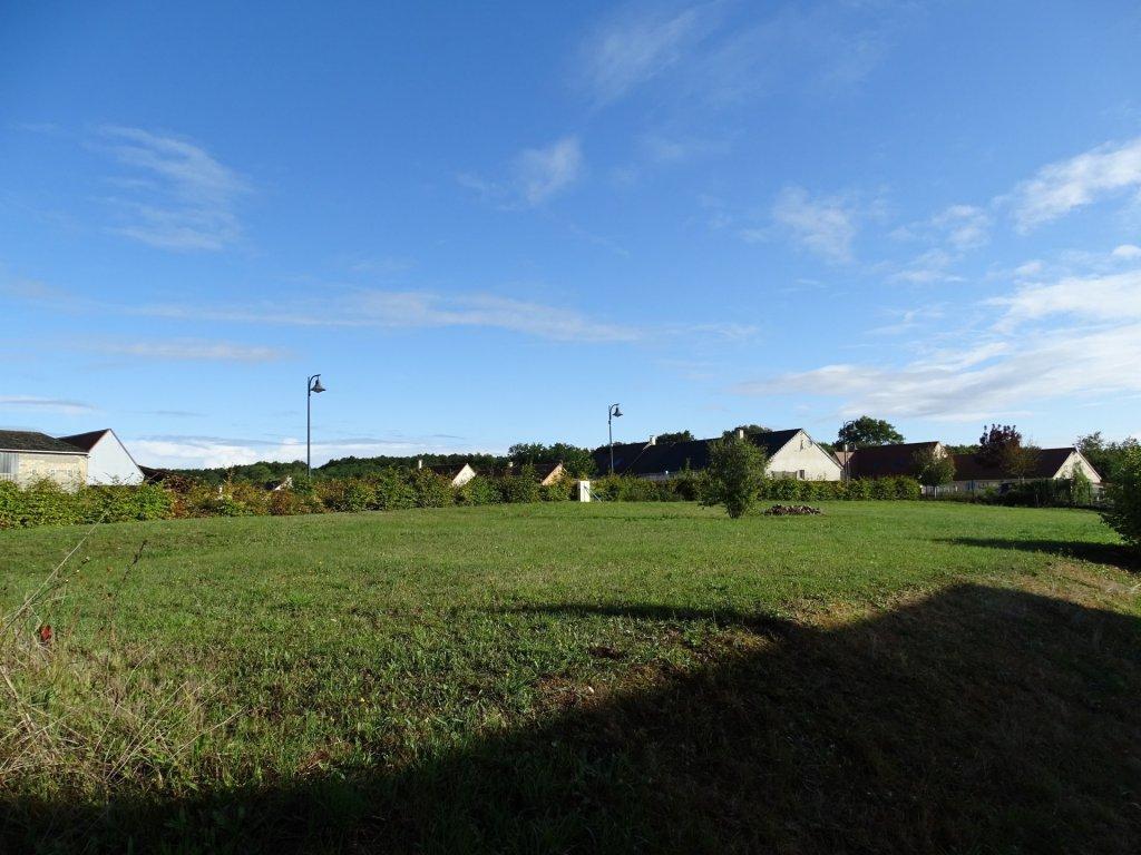 Terrains du constructeur LES CLES DE L'IMMOBILIER ET PRESTIGE • 758 m² • CHARTRES