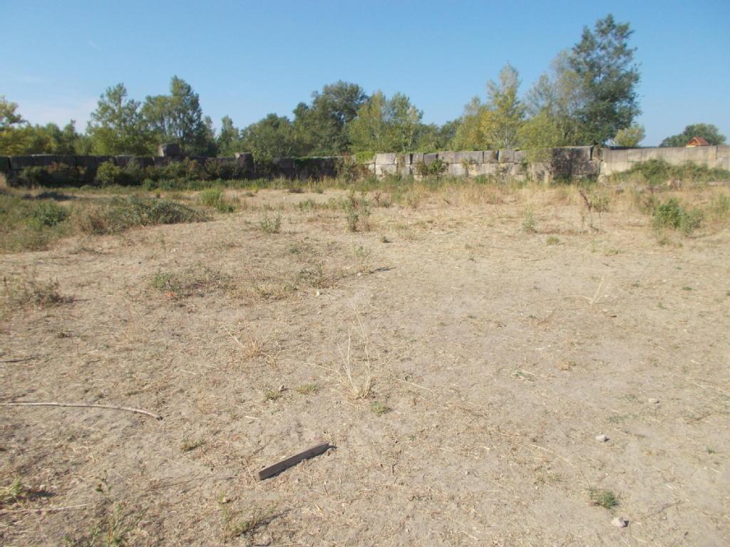 Terrains du constructeur Groupe Maxihome • 3700 m² • REMOULINS