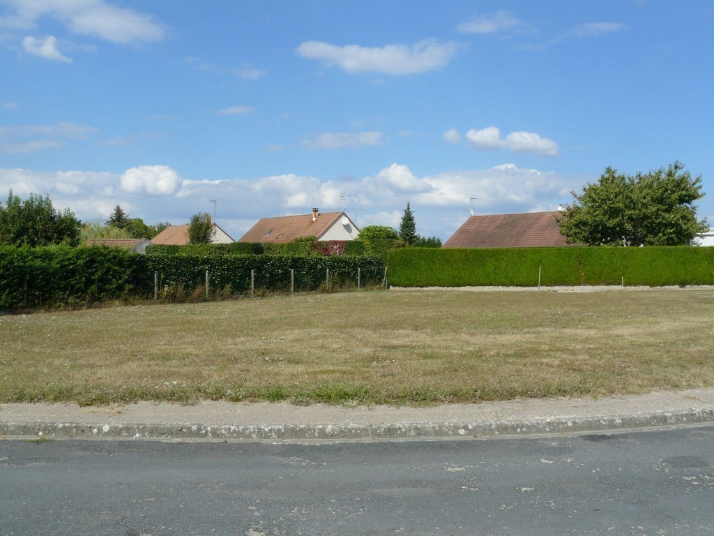 Terrains du constructeur SAS BED AND SCHOOL • 1026 m² • BUZANCAIS