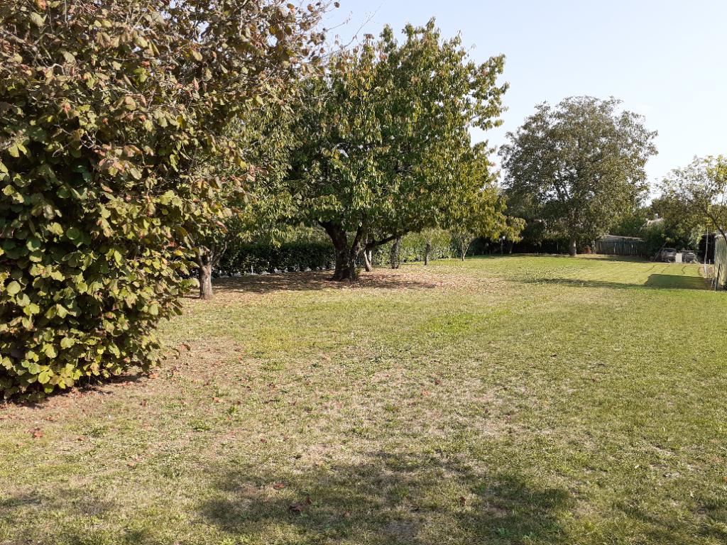 Terrains du constructeur L AGENCE DE LA COUR ROUGE • 734 m² • COMMEQUIERS
