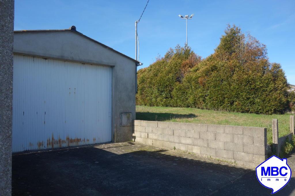 Terrains du constructeur MBC IMMO • 696 m² • SAINT PIERRE MONTLIMART