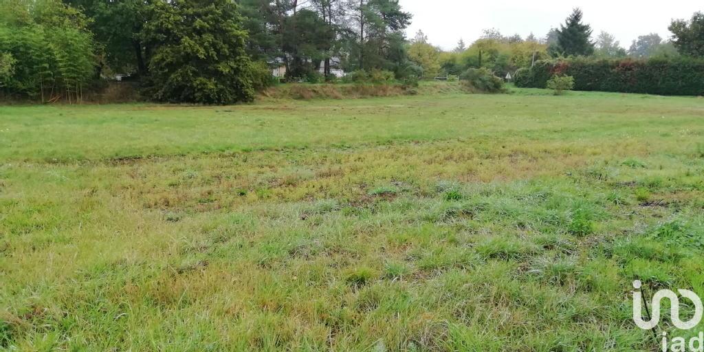 Terrains du constructeur IAD FRANCE • 1835 m² • NEVOY