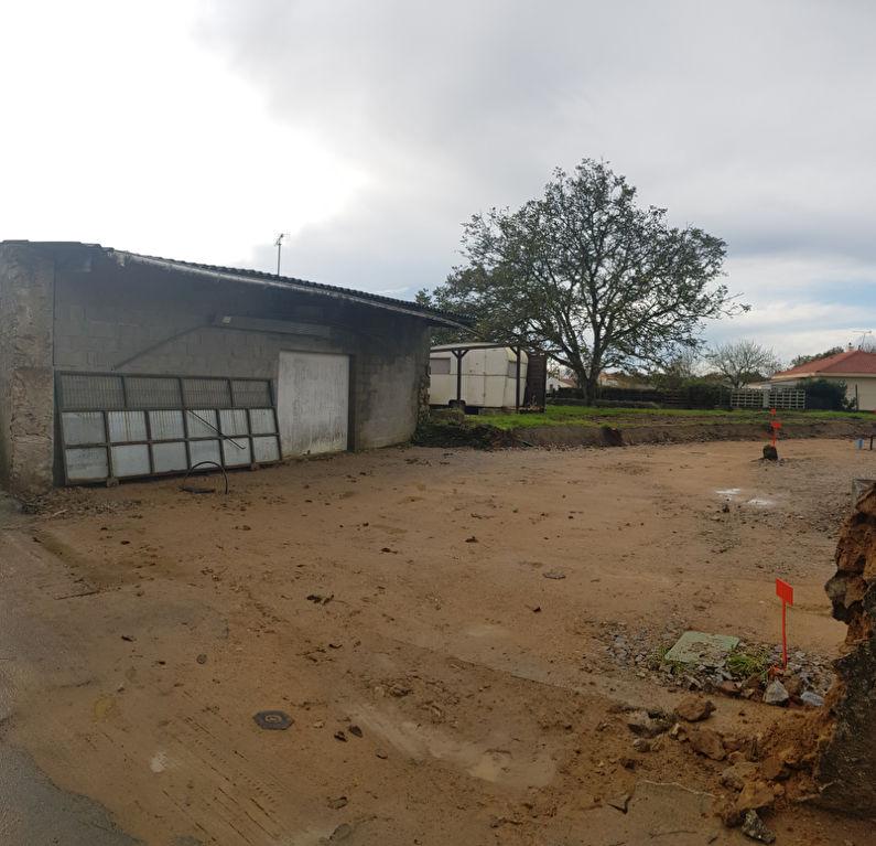 Terrains du constructeur LA MOTHE IMMOBILIER • 590 m² • SAINT GEORGES DE POINTINDOUX