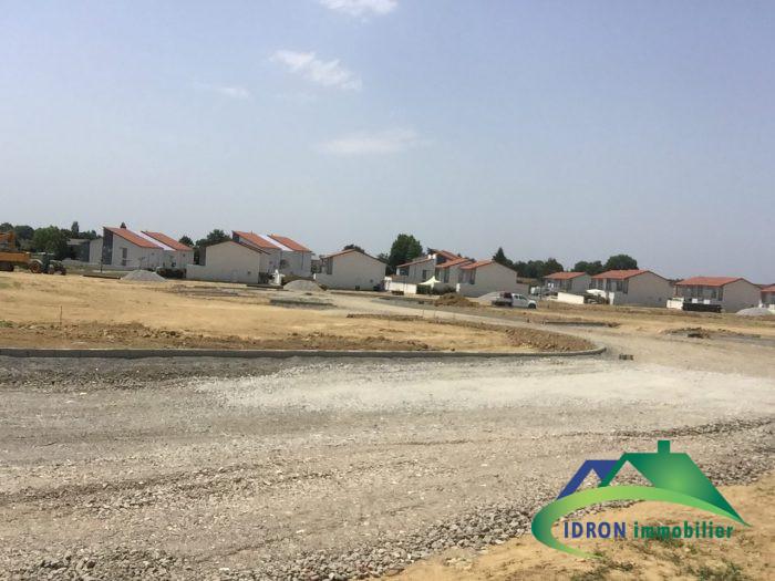 Terrains du constructeur IDRON IMMOBILIER • 600 m² • SERRES CASTET