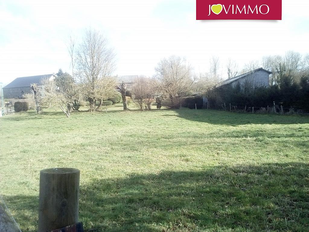 Terrains du constructeur JOVIMMO • 982 m² • SAINT BONNET PRES ORCIVAL
