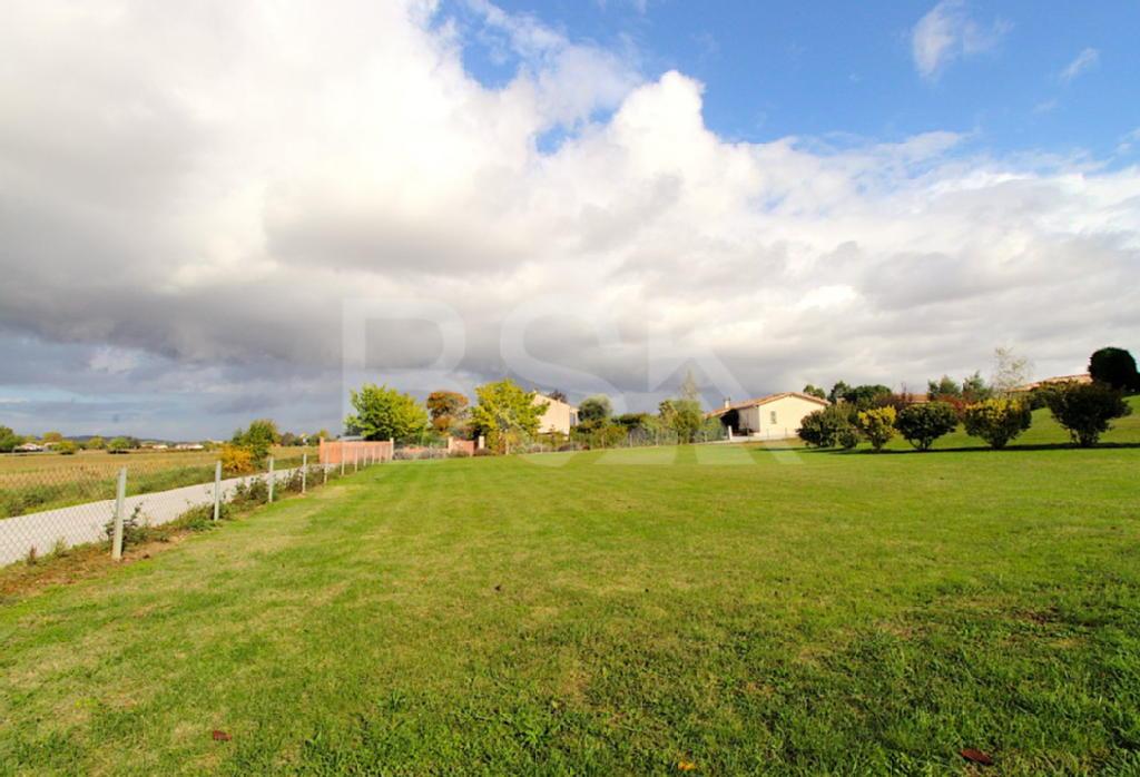 Terrains du constructeur RESEAU BSK IMMOBILIER • 982 m² • SAINT SULPICE