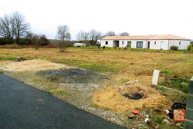 Terrains du constructeur 123WEBIMMO.COM • 1570 m² • TALMONT SAINT HILAIRE