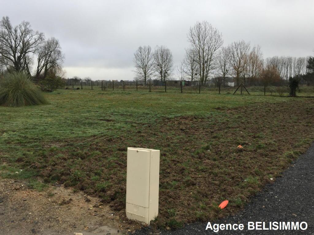 Terrains du constructeur BELIS IMMO • 913 m² • VERETZ