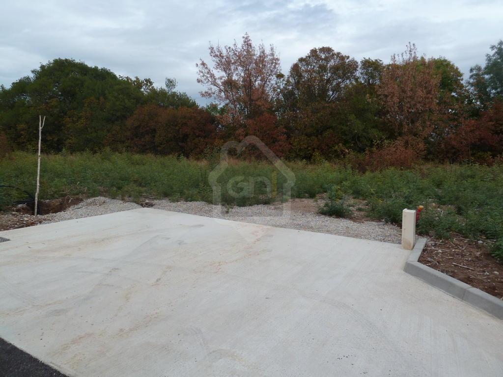 Terrains du constructeur PONT IMMOBILIER • 433 m² • PONT SAINT ESPRIT