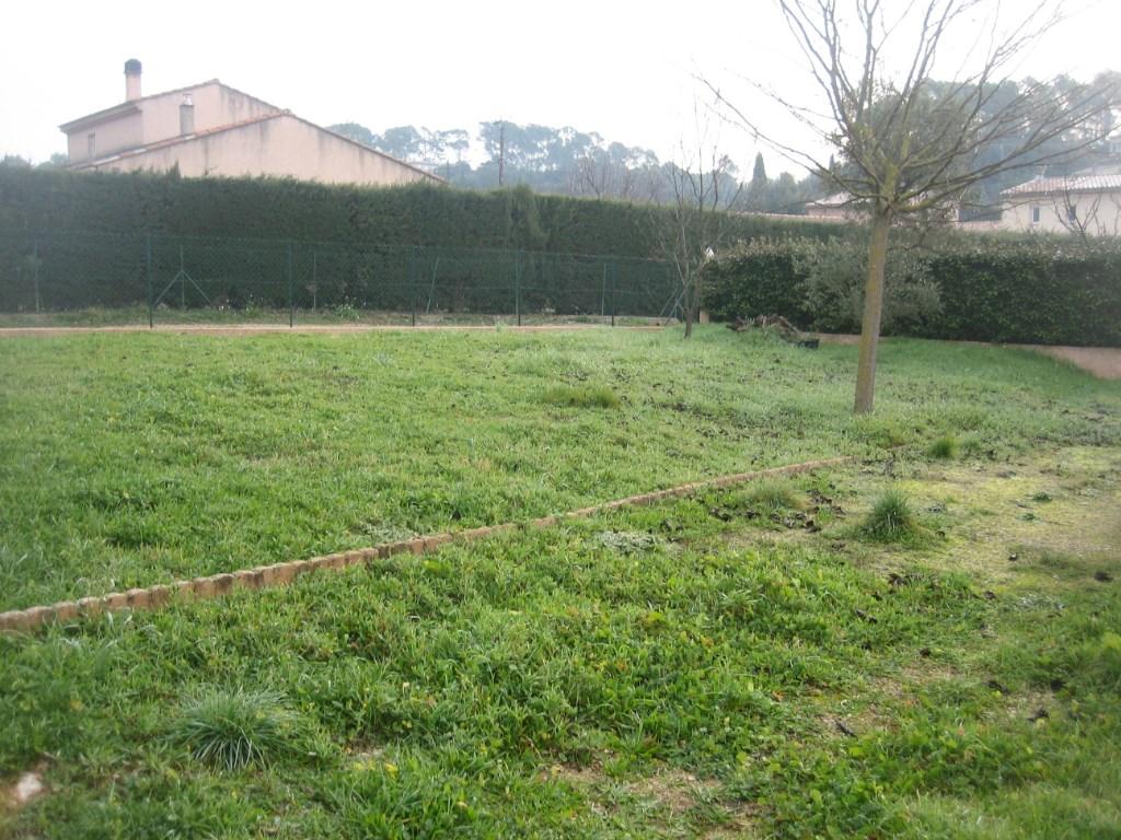Terrains du constructeur AGENCE TERRE D ICI • 455 m² • CARCES