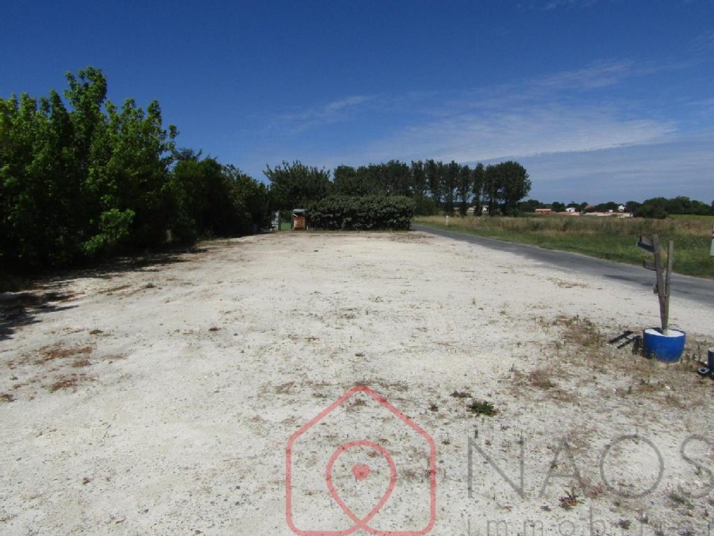 Terrains du constructeur NAOS IMMOBILIER • 500 m² • ARVERT