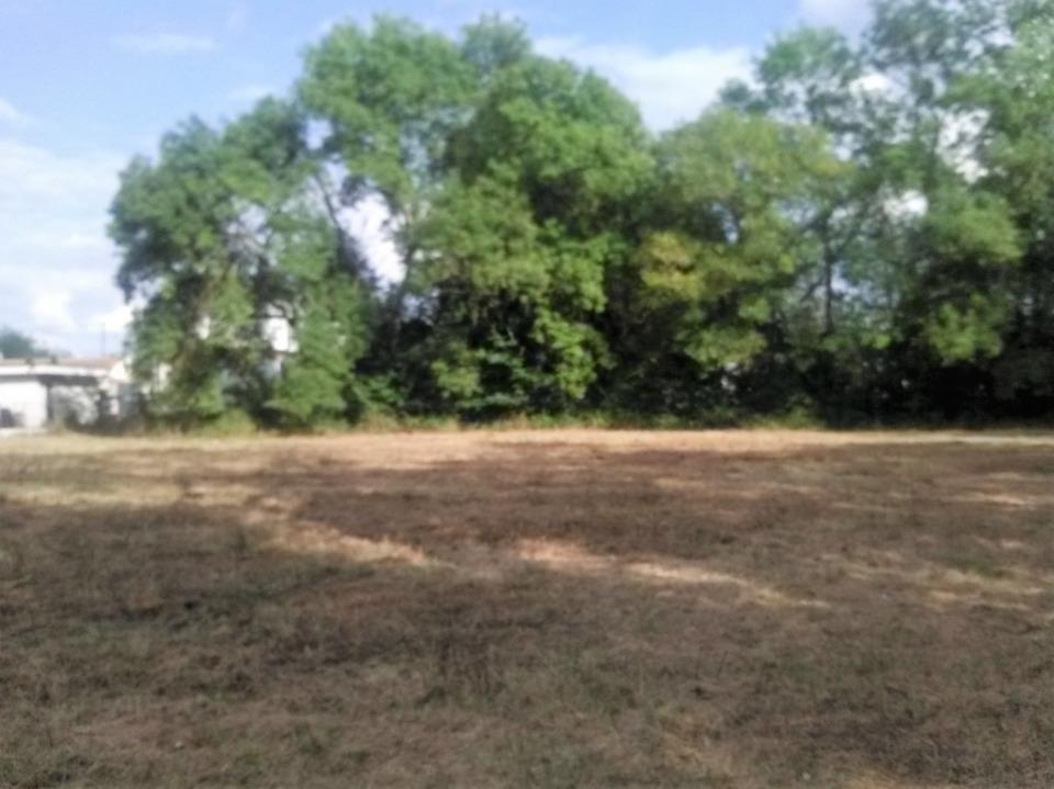 Terrains du constructeur Maisons MCA Tresses • 400 m² • TARGON