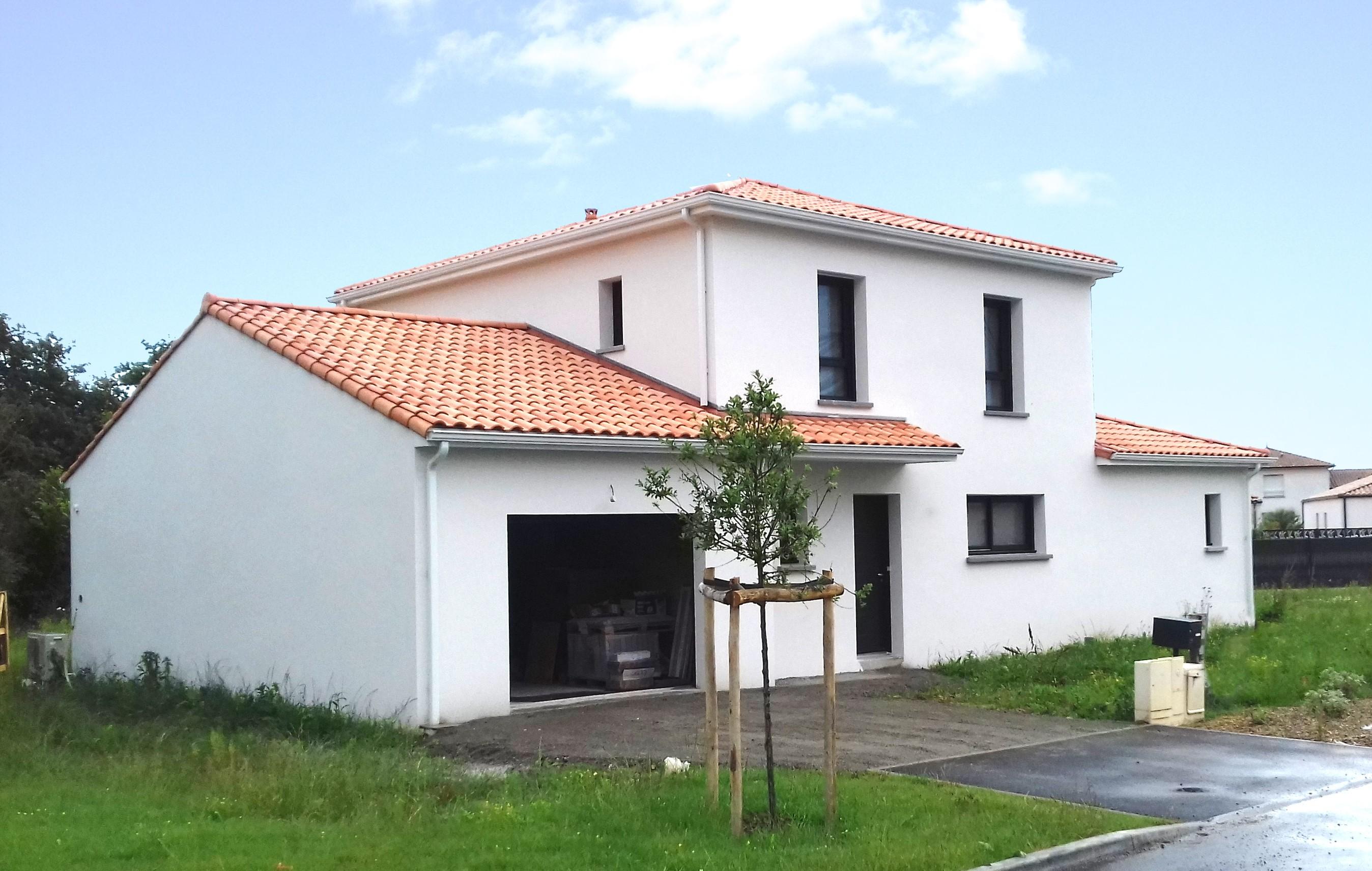 Maisons + Terrains du constructeur Maison Familiale • 100 m² • TALMONT SAINT HILAIRE