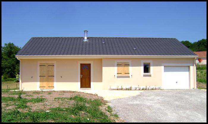 Maisons + Terrains du constructeur MAISONS ALIENOR - AGENCE DE TULLE • 90 m² • SAINT CLEMENT