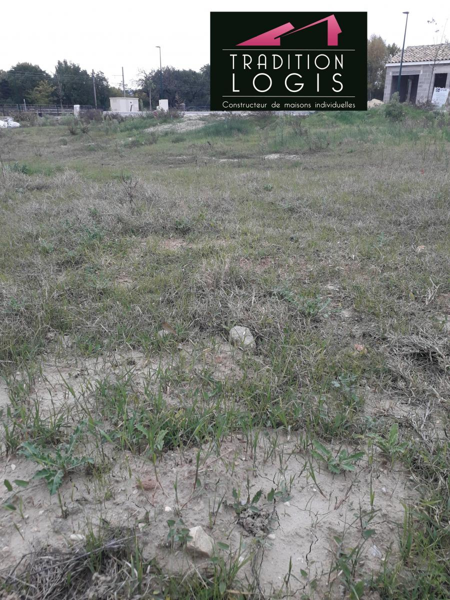 Terrains du constructeur TRADITION LOGIS • 425 m² • CHATEAUNEUF DU RHONE