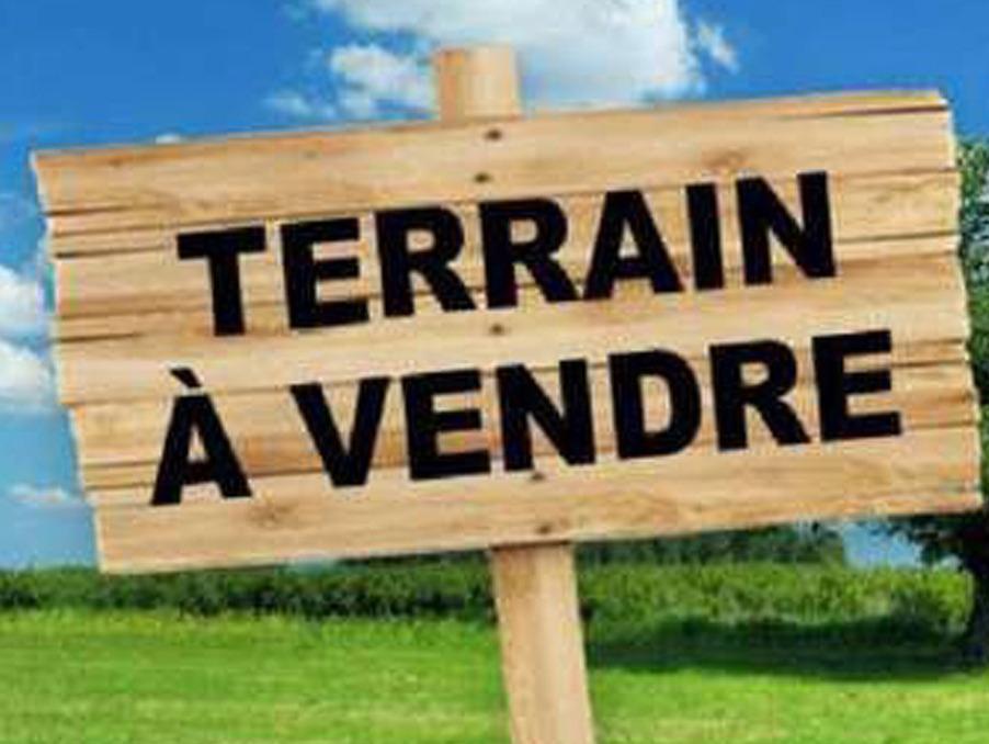 Terrains du constructeur Maisons i Montargis • 734 m² • BOISCOMMUN