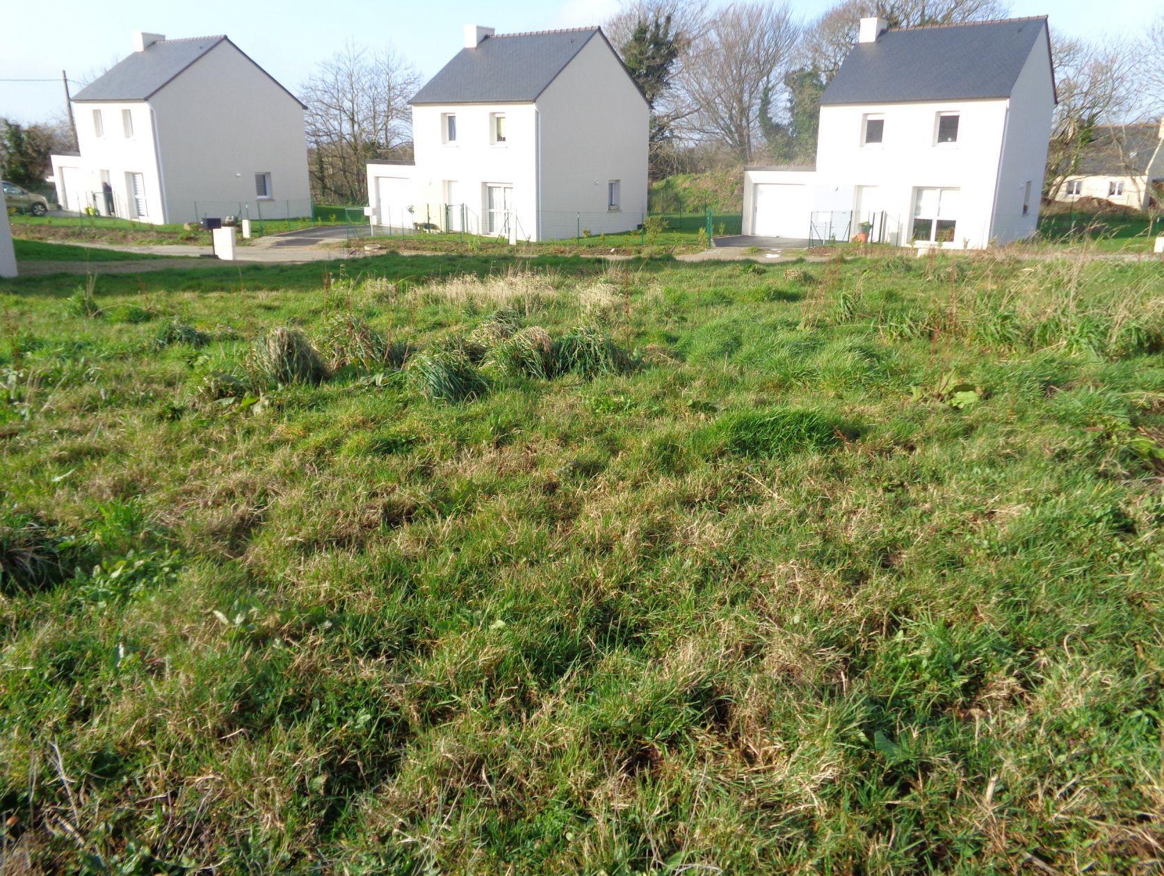 Terrains du constructeur LE MAT CONSTRUCTION • 526 m² • LOCRONAN