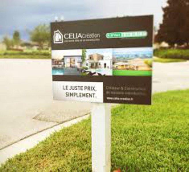 Terrains du constructeur CELIA CREATION - MURET • 482 m² • VERNET