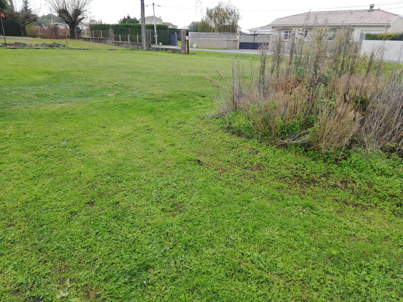 Terrains du constructeur MAISONS IDEOZ 33 • 1298 m² • LANSAC