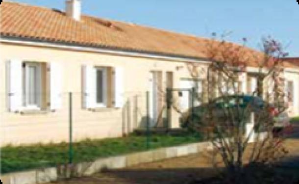 Terrains du constructeur E.T.B.V. - Maison Laure • 440 m² • NAINTRE