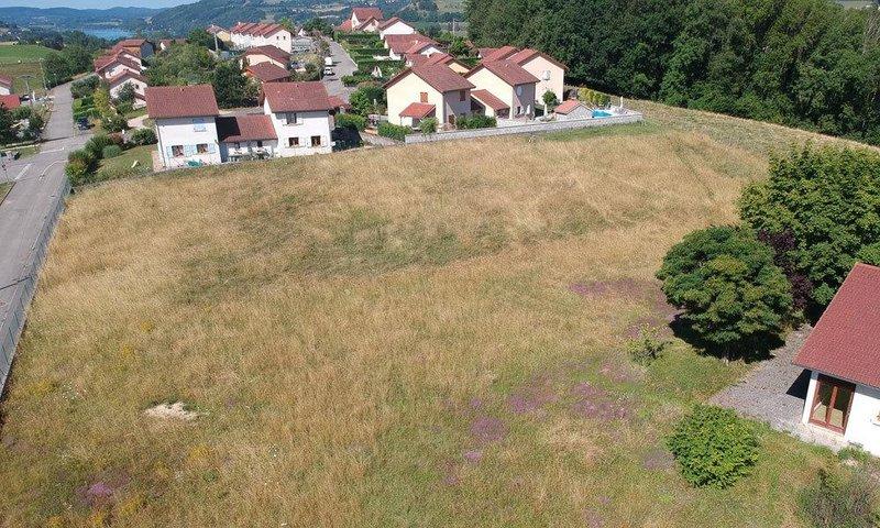 Terrains du constructeur KP CONSTRUCTION • 543 m² • MONTFERRAT