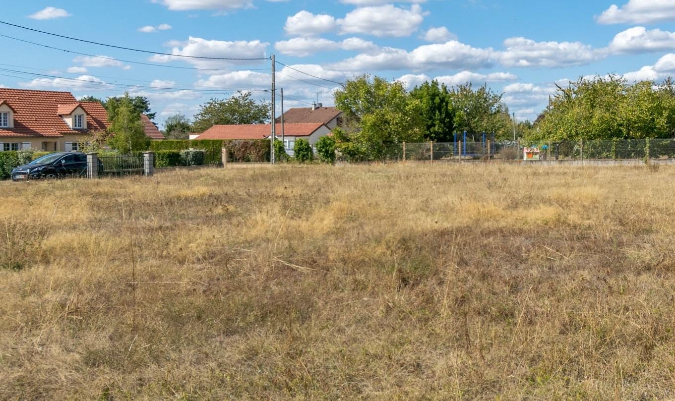 Terrains du constructeur Maisons Hexagone GIEN • 1440 m² • OUZOUER SUR LOIRE