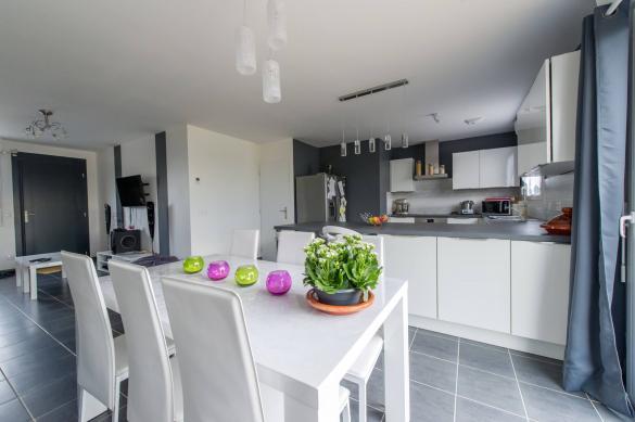 Maison+Terrain à vendre .(90 m²)(PARCE SUR SARTHE) avec (Maisons Phénix Le Mans)