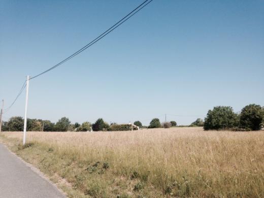 Terrain à vendre .(TAIX) avec (Maisons France Confort)