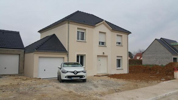 Maison à vendre .(102 m²)(FAREMOUTIERS) avec (MAISON LOL)