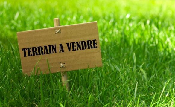 Terrain à vendre .(SAINT ANDRE DE SANGONIS) avec (TRADIBAT CONSTRUCTION)