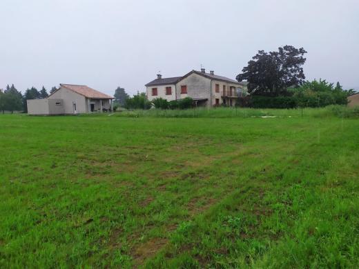 Terrain à vendre .(FRONSAC) avec (GIB CONSTRUCTION)