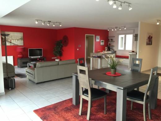 Maison à vendre .(110 m²)(MAGNY LES HAMEAUX) avec (MAISONS PIERRE ISSOU)