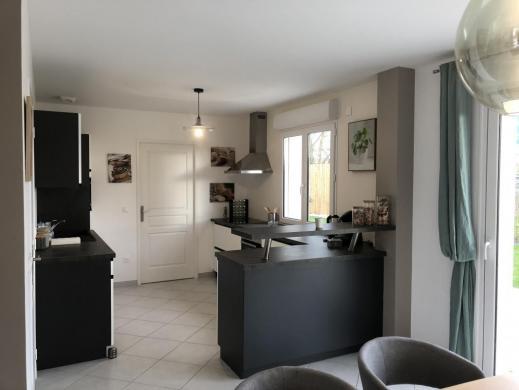 Maison à vendre .(139 m²)(MONNAIE) avec (MAISONS PIERRE TOURS)