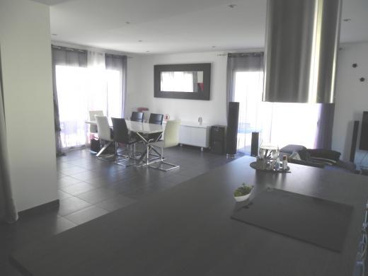 Maison à vendre .(115 m²)(CHATEAUNEUF SUR ISERE) avec (SAS IMMOVIA)